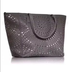 BATH & BODY WORKS Metallic Punch Out Tote Grey OS
